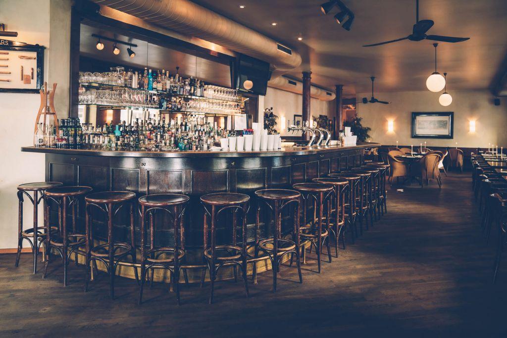 Hinter dieser Bar wird gezaubert. – ©wunderland media GmbH