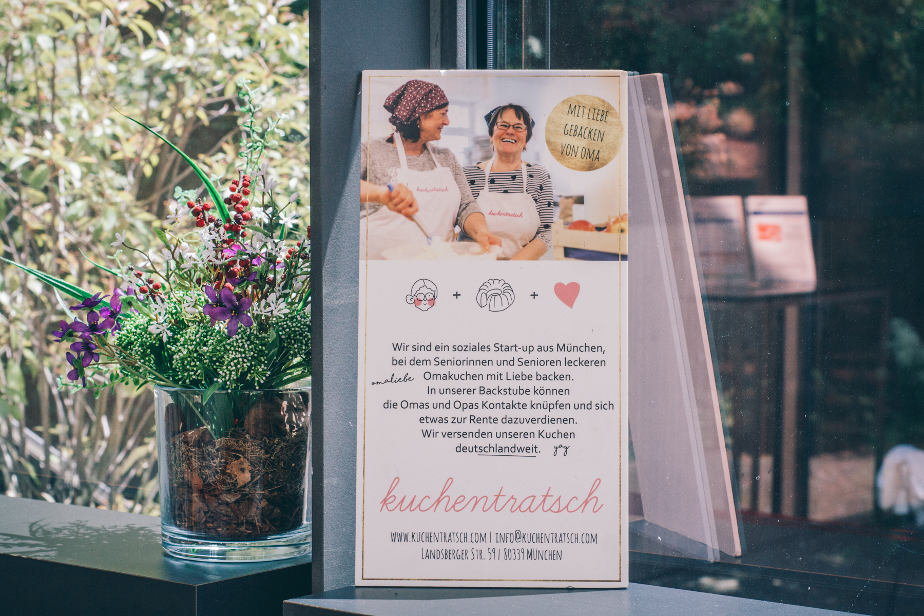 Kuchentratsch versorgt das Café Mon mit seinen köstlichen Backkünsten.  – ©wunderland media GmbH