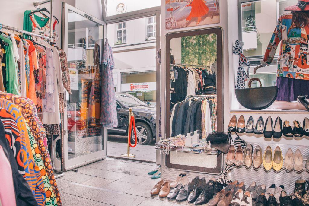 In dem kleinen Laden könnten wir Stunden verbringen. – ©Wunderland media GmbH