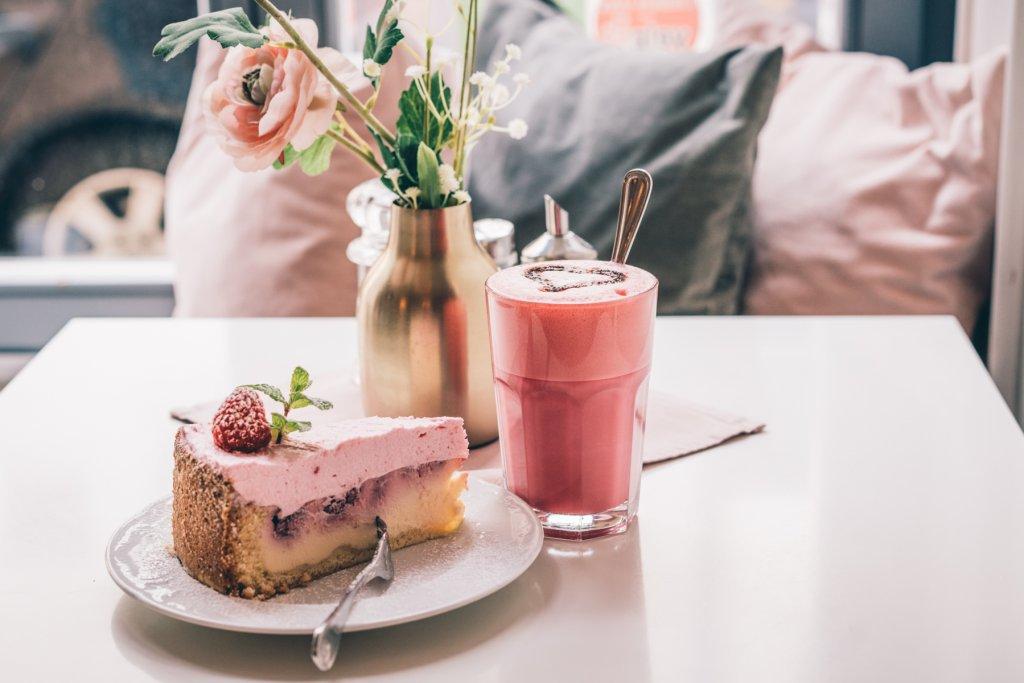 geheimtipp muenchen CafeLotti kuchen 02816 – ©wunderland media GmbH