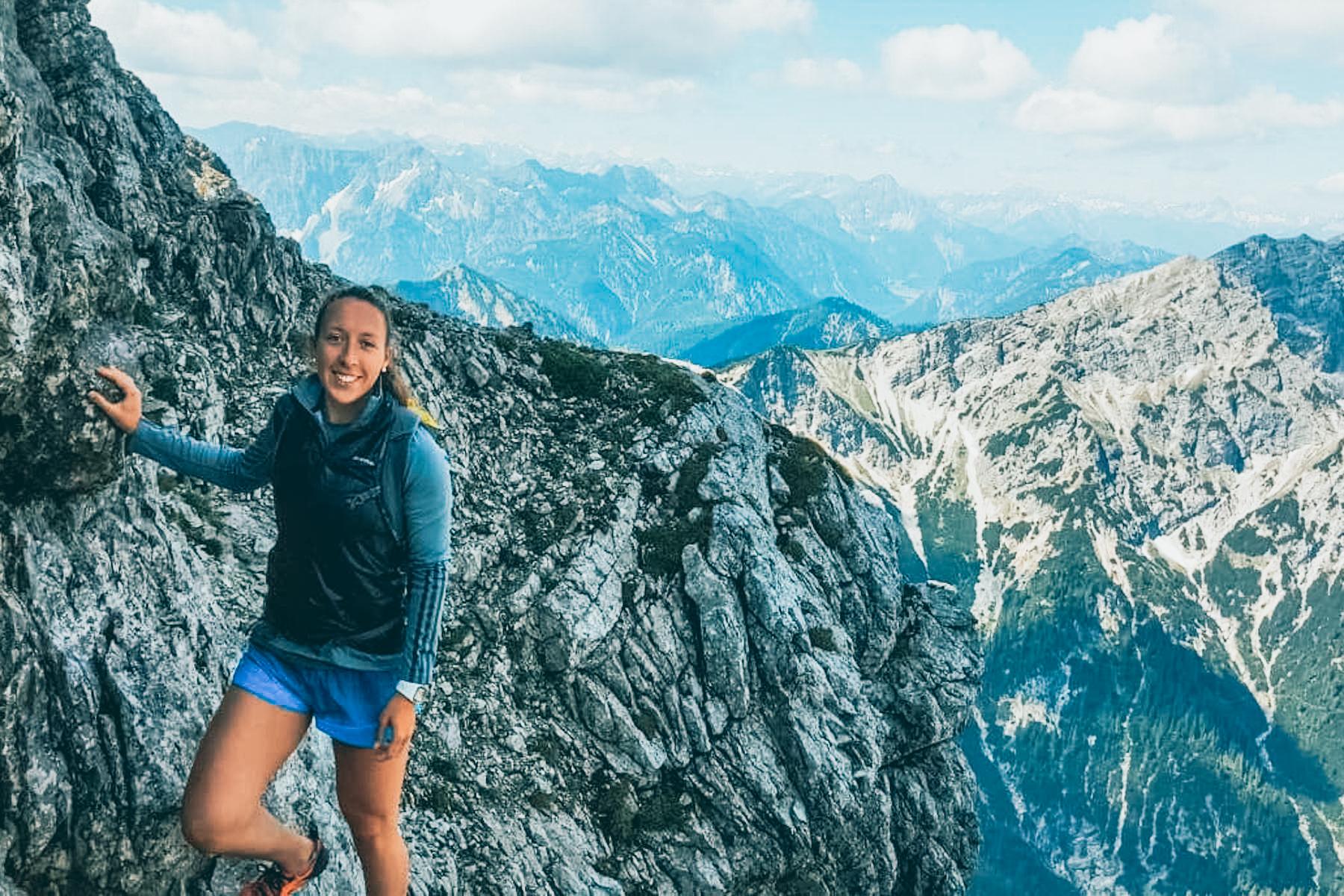 Auch im Sommer verzichtet sie nicht auf alpine Abenteuer.