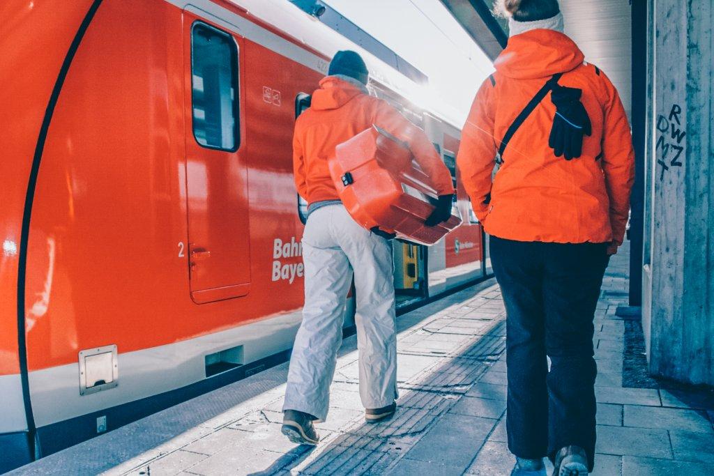 S Bahn Muenchen Magazin Rodelhuegel – ©wunderland media GmbH