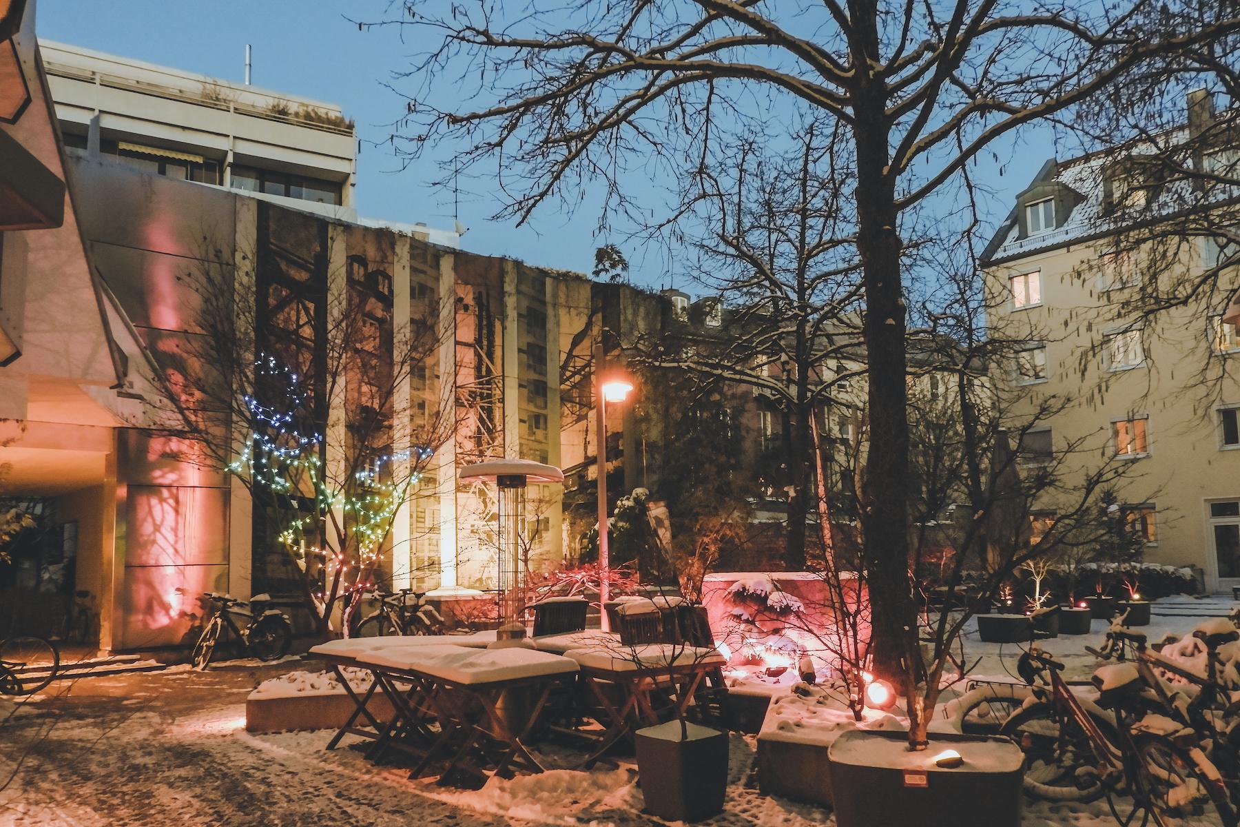 GeheimtippMuenchen Top7 Valentinstag MaevArtScience Ausstellung2