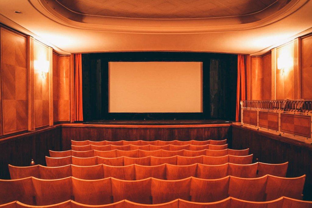 Namen wie Jean Luc Godard prägen die französische Filmkunst. – ©Theatiner Filmtheater