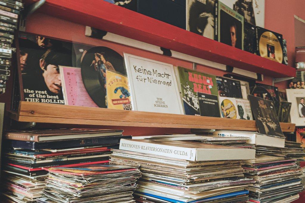 GeheimtippMuenchen Top7 Plattenlaeden Vinyl 2ndMusicFun – ©2nd Music & Fun
