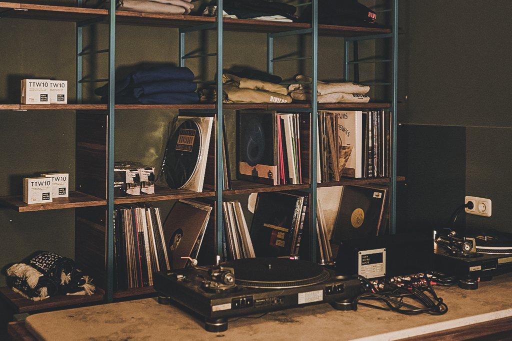 geheimtippmuenchen top7 plattenlaeden vinyl kai lehner riviera records6 – ©Kai Lehner