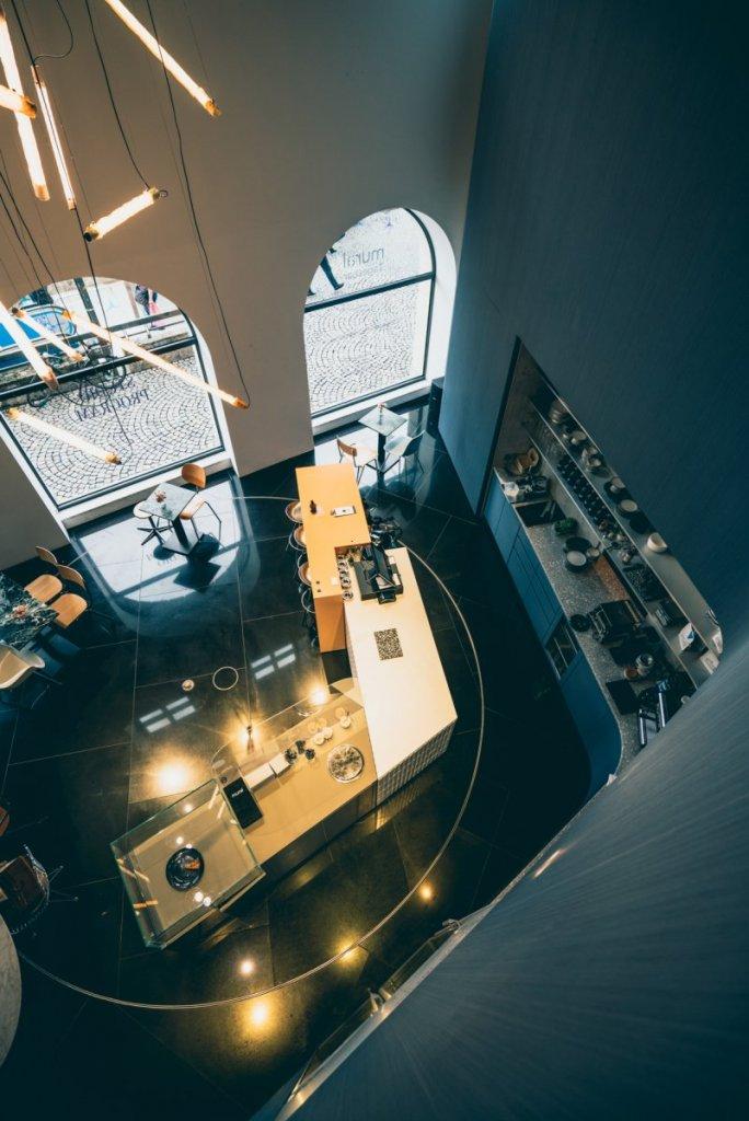 Geheimtippmuenchen Mercedesbenzshowroom 01268 – ©wunderland media GmbH